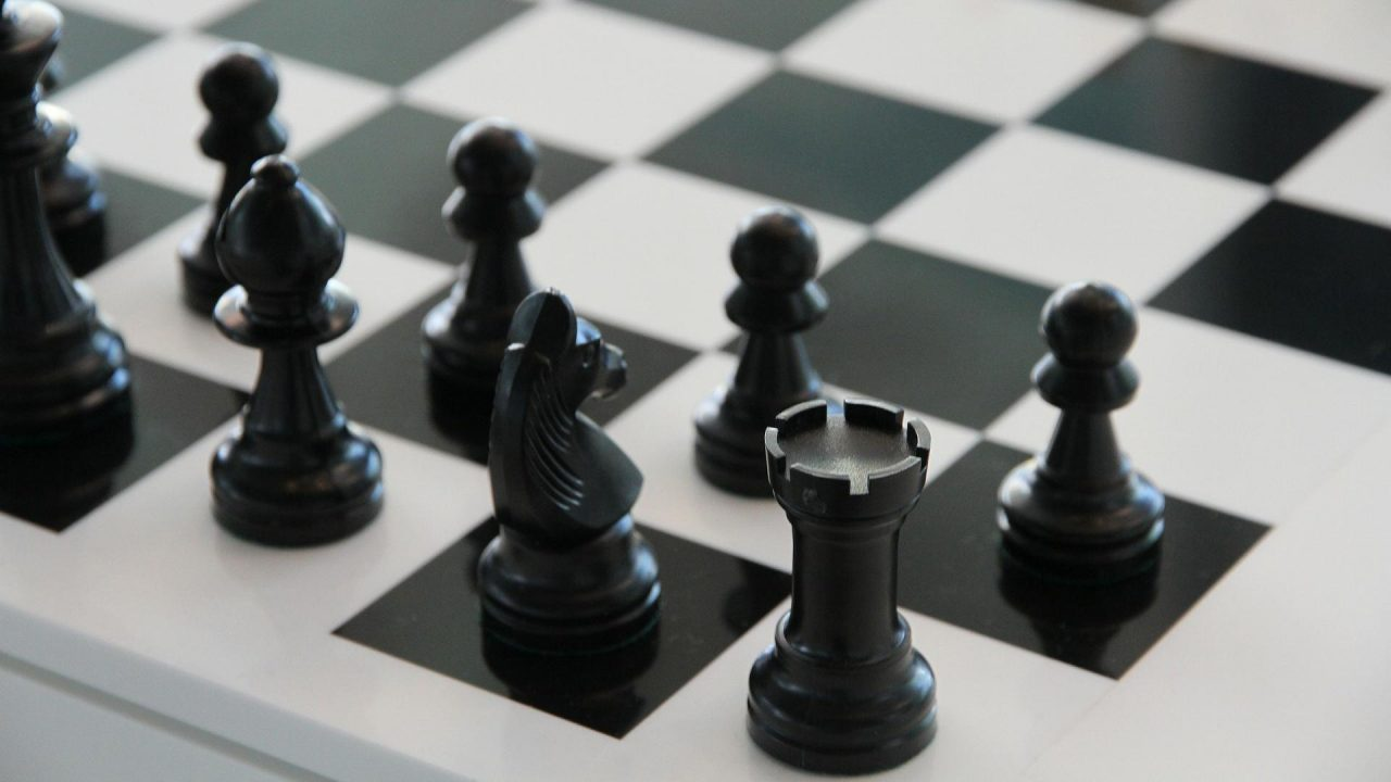 chess-compressed-1280x720.jpg
